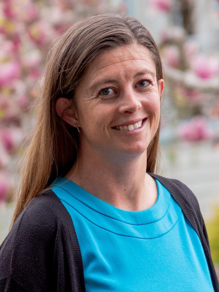 Dr. Katie Macartney