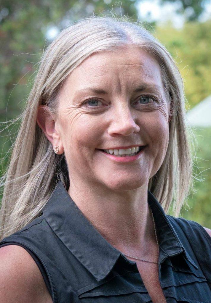 Dr Leesa Osborne